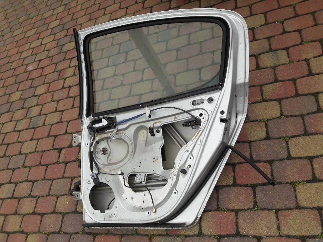 peugeot-407-uszczelka-drzwi-prawa-tyl-tylna--ed-car.pl